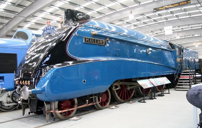 """LNER A4 """"Mallard"""""""