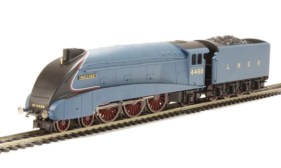 """Railroad LNER 4-6-2 """"Mallard"""""""
